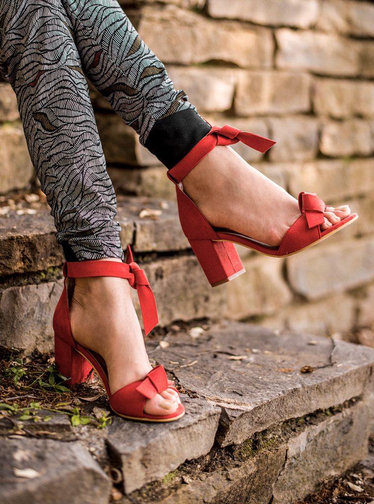 Chaussures vegan de la boutique de mode éthique et éco-responsable Les 3 L à Montpellier, présentés par la blogueuse Mademoiselle Coccinelle