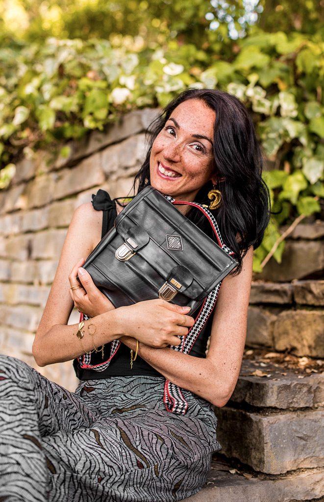 Vêtements et sac vegan de la boutique de mode éthique et éco-responsable Les 3 L à Montpellier, présentés par la blogueuse Mademoiselle Coccinelle